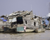 Villaggio flottante di Chong  Kneas sul Lago Tonle Sap Cambogia / Foto n. 0040
