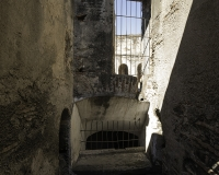 Chiesa e Convento delle Cappuccine in Antigua Guatemala- apertura aereazione dispensa sotterranea Foto N. IMG9857