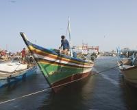 Barche di pescatori al porto di Al Hodeidah Yemen / Foto n. 0028